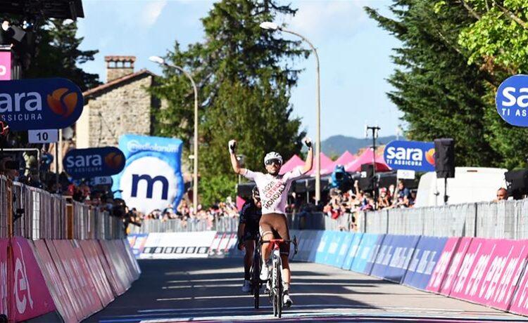Giro d'Italia: Vendrame sorride a Bagno di Romagna