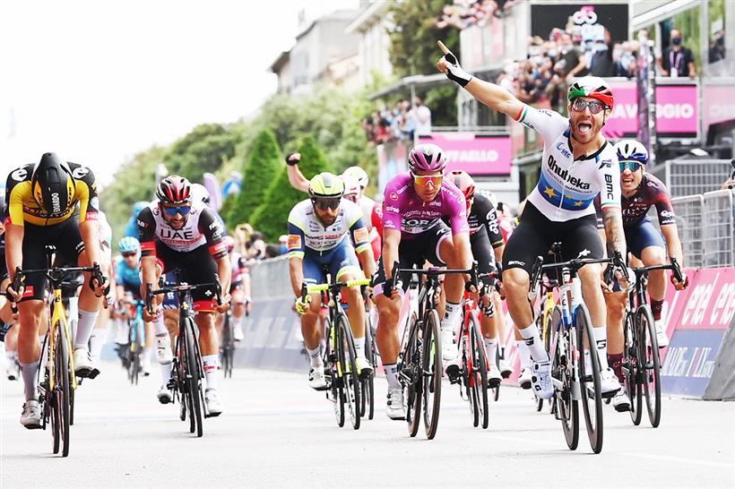 Affini e Sagan sul podio, Bernal conserva la Maglia Rosa